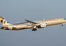 Etihad Airways takes delivery of new Boeing 787-9