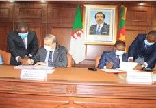 Cameroon and Algeria sign a bilateral air services agreement